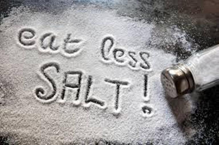 Chế độ ăn ít muối cho người cao huyết áp