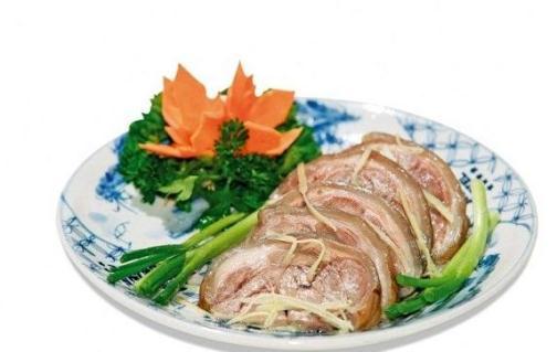 Thịt dê và gừng tươi