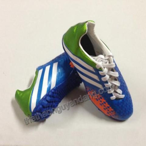 giay_da_bong_adidas_predator_lz_2013_da