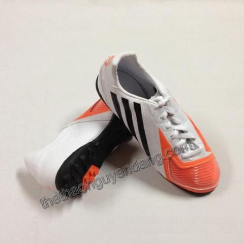 giay_da_bong_adidas_5_da_that