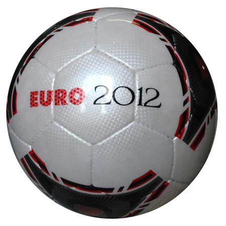 qua-bong-da-dong-luc-euro-2012.