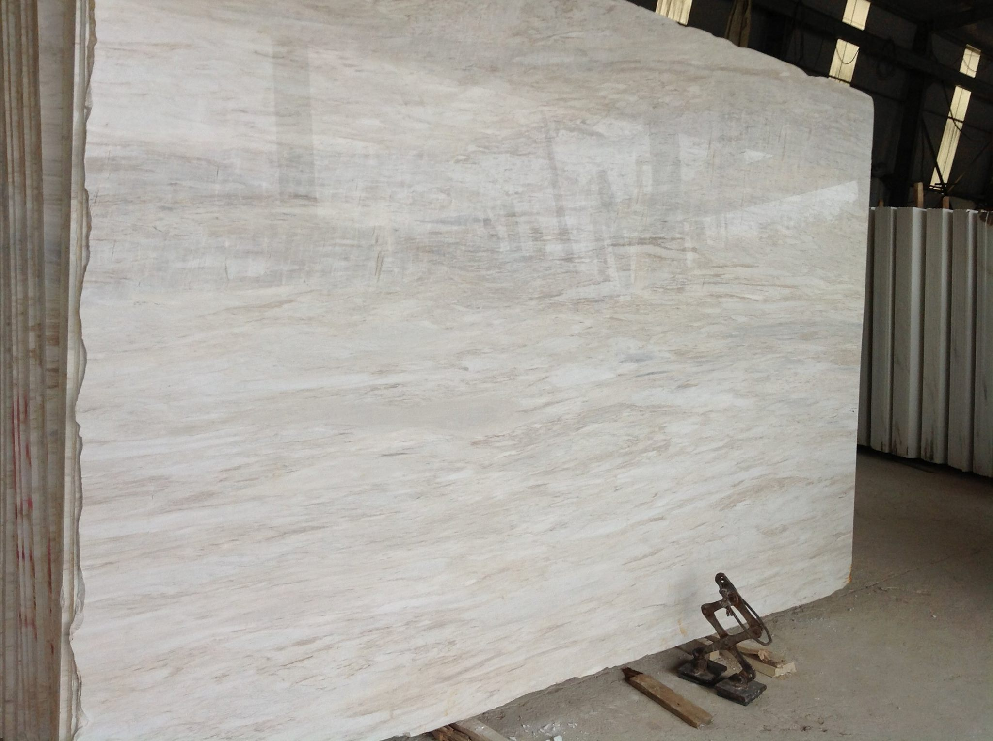 Milky White Wooden Vein Polished