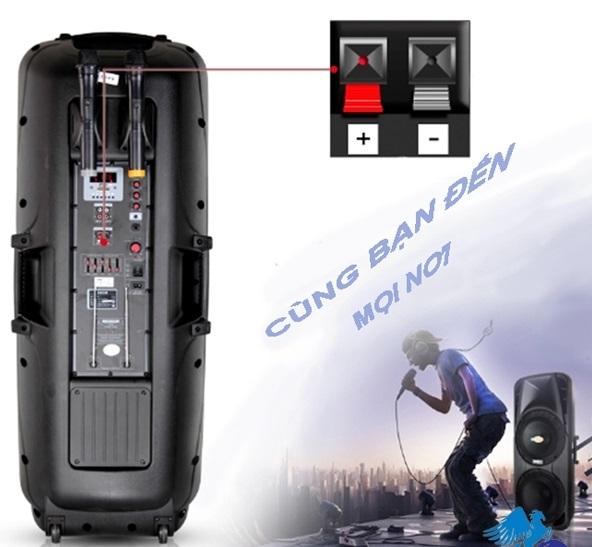 Mặt sau của loa vali kéo di động KVG A86 A100