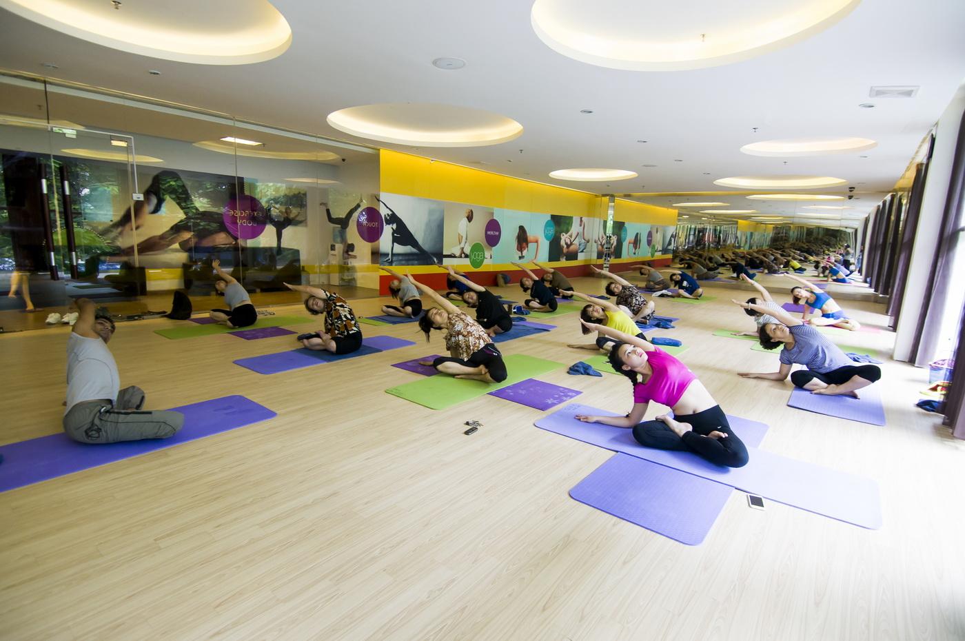yoga-club-m