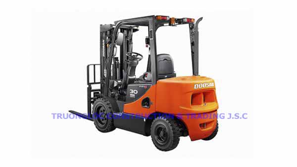 Doosan electric forklift 3 tons