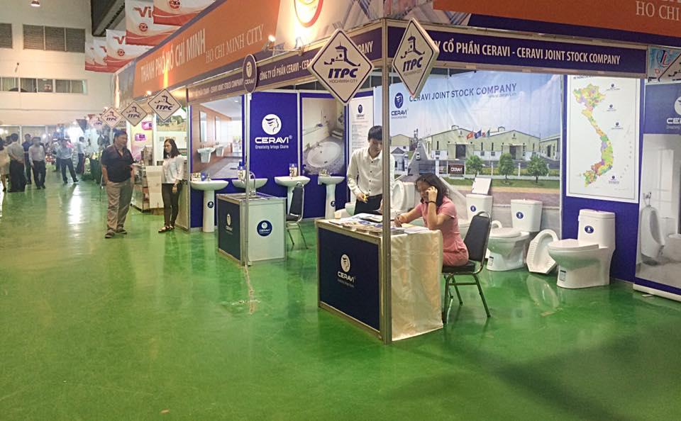 Hội nghị triển lãm tại Thủ đô Viêng Chăn - Lào