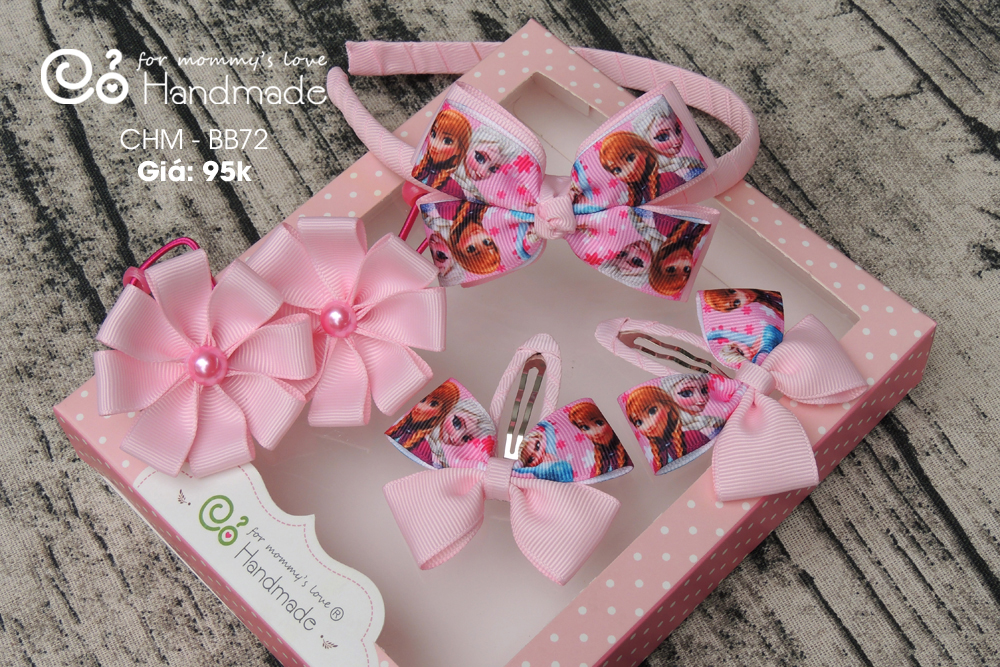 Handmade gift set for girls