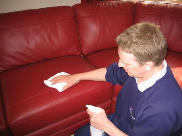 vệ sinh salong da trước khi vận chuyển