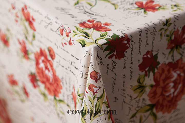 Vải may bàn hoa đỏ vintage