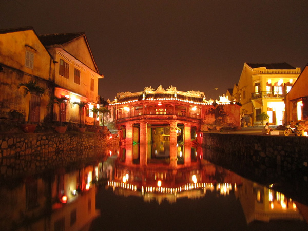 DA NANG-MARBLE MOUNTAIN-HOI AN