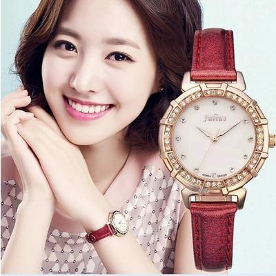 đồng hồ nữ làm quà tặng