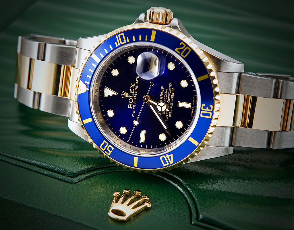 lịch lam với đồng hồ đeo tay