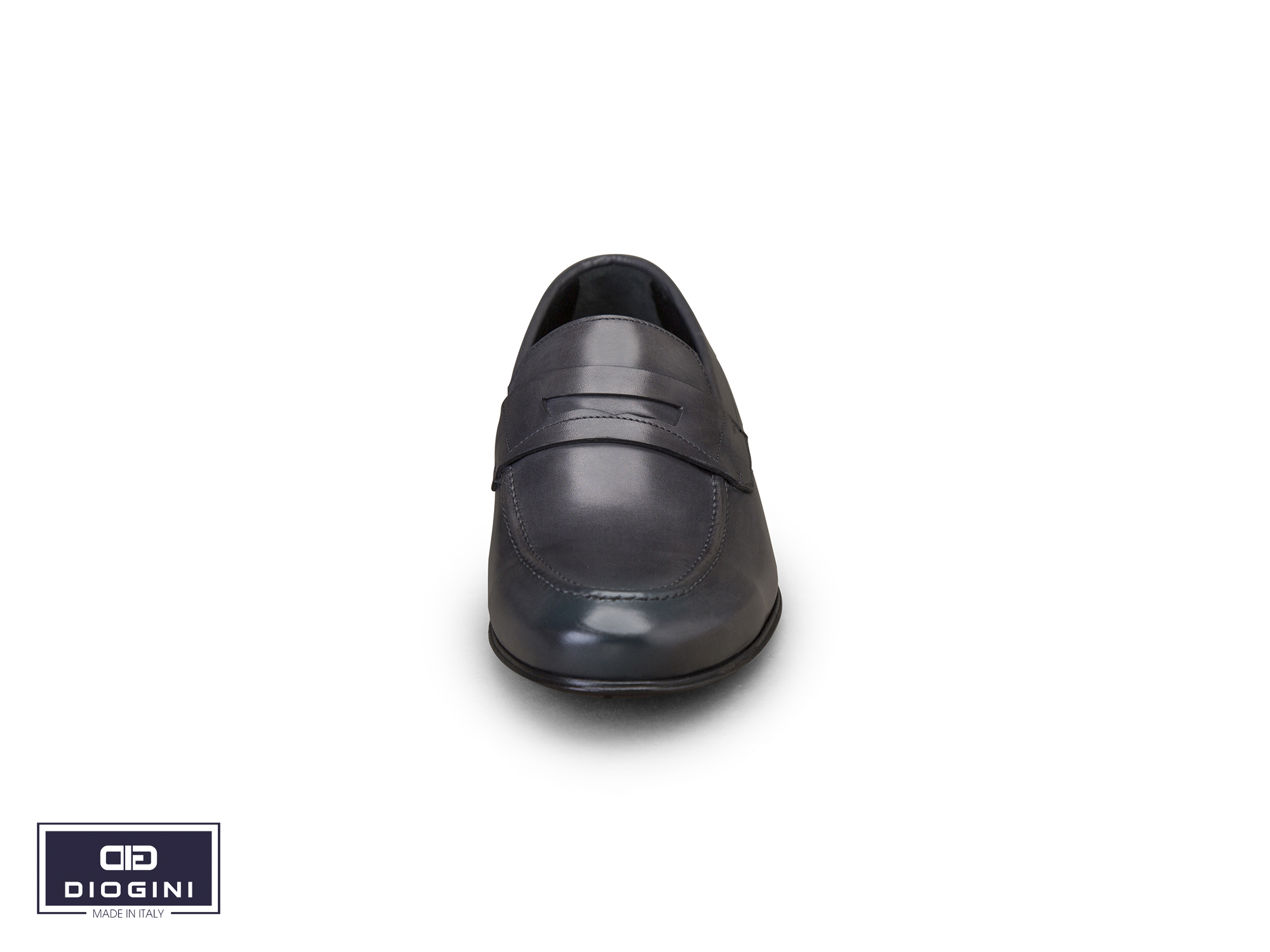 mặt trước giày da