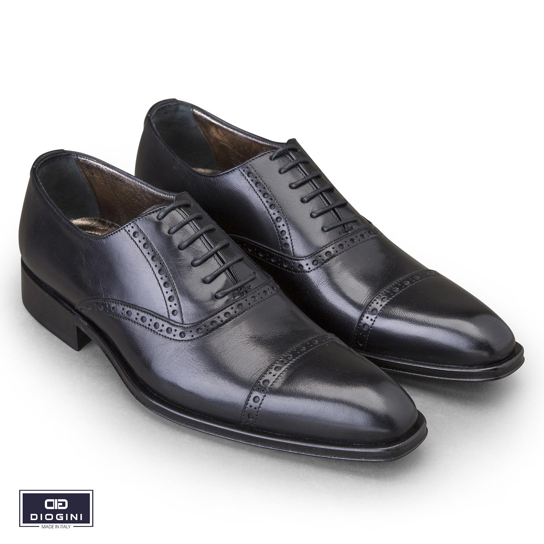 giày buộc dây
