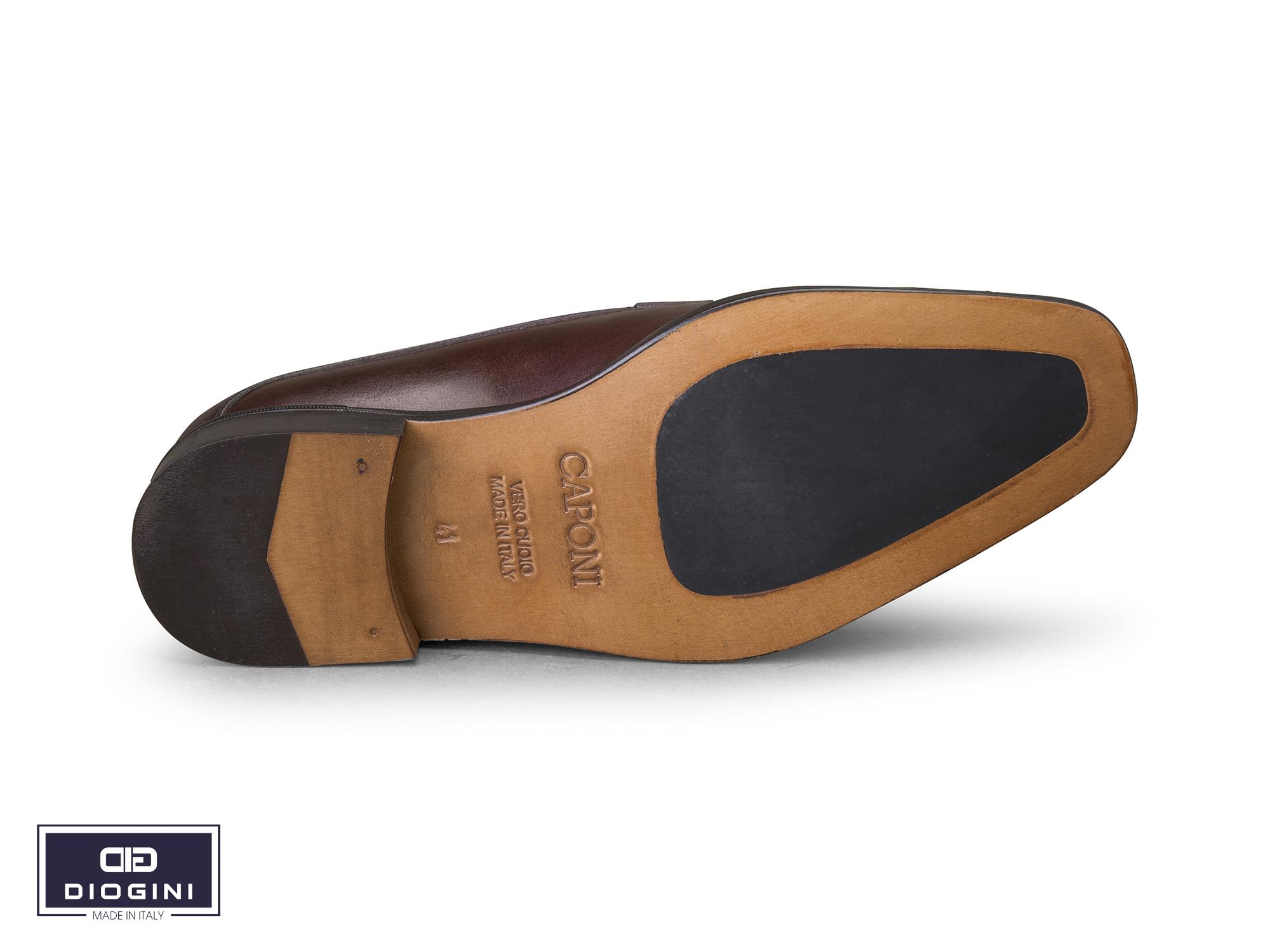giày da buộc dây