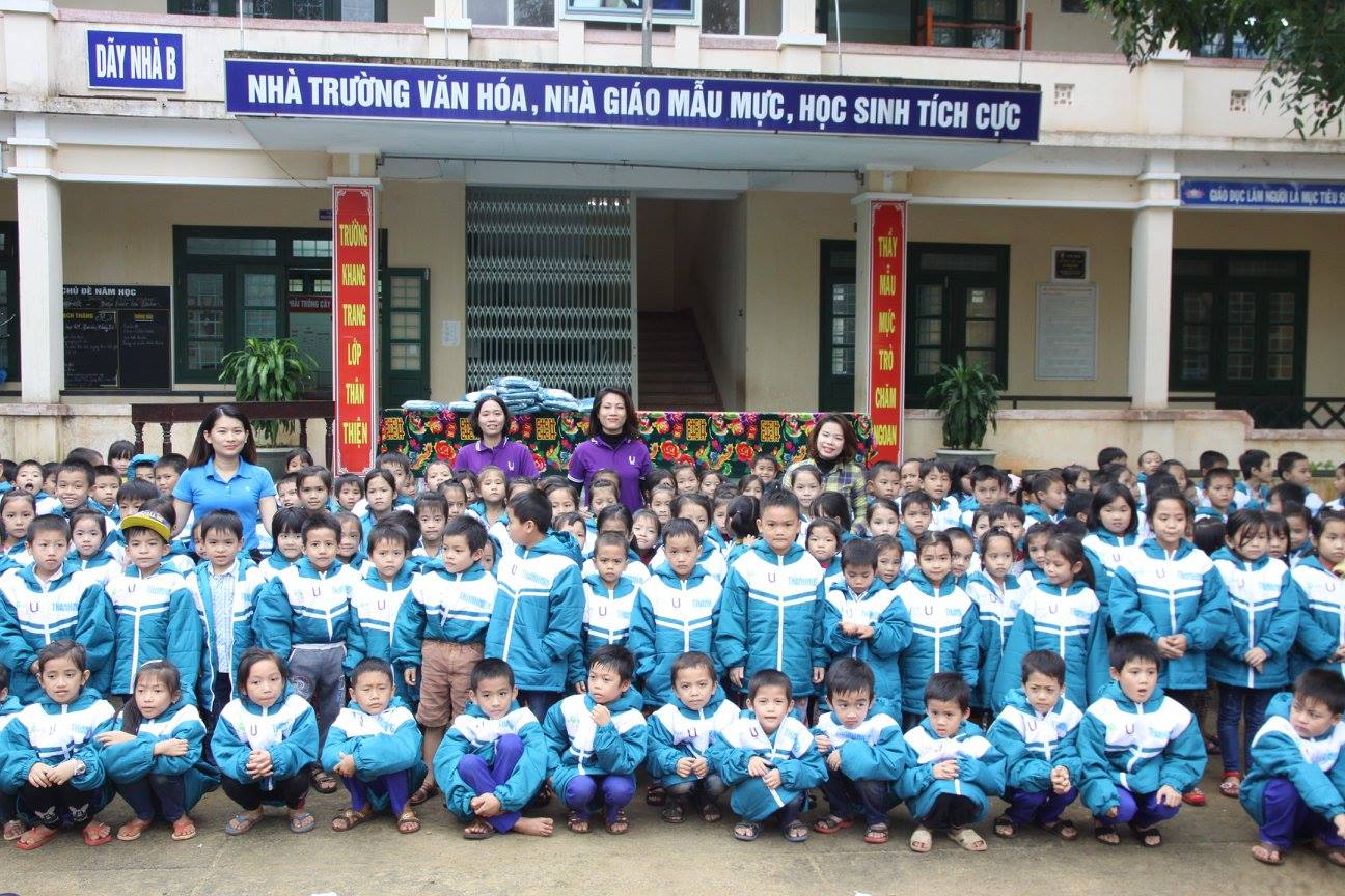 5000 WARM CLOTHES 2016 FROM THANH NIEN NEWSPAPER