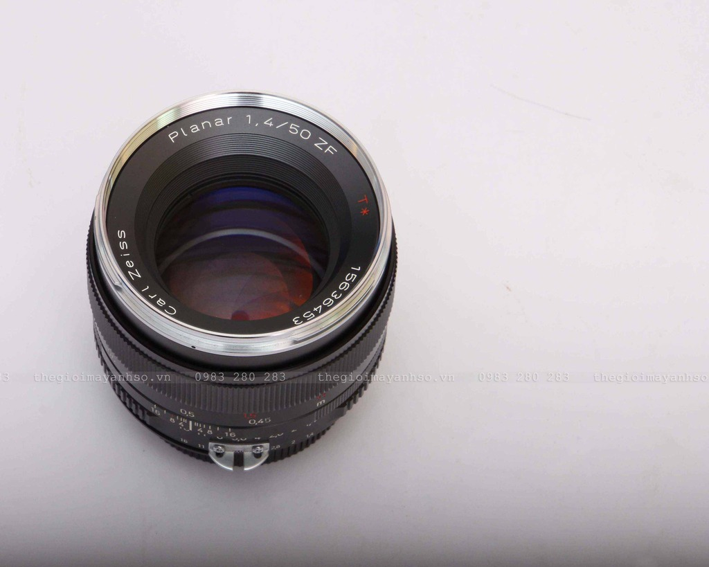 Zeiss Planar T* 50mm F/1.4 ZF Lens for Nikon
