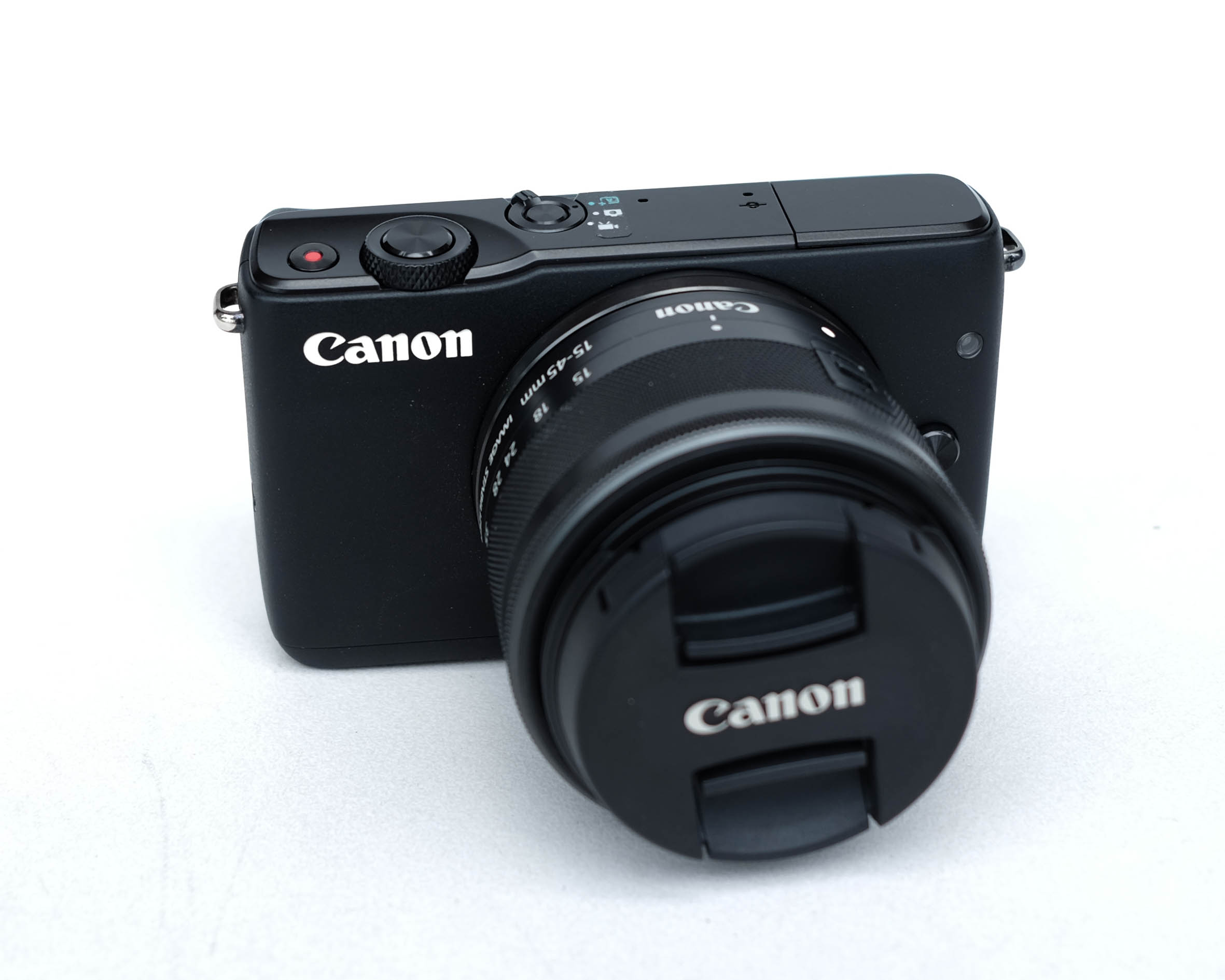 Canon EOS M10 + Kit EF-M 15-45mm IS STM