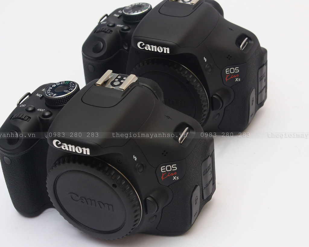 Canon EOS Kiss X5 / 600D body