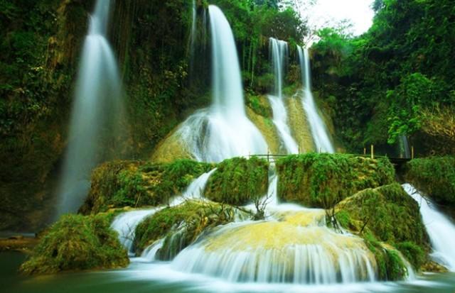 thác dải yếm - du lịch mộc châu