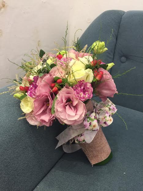 hoa cưới độc đáo