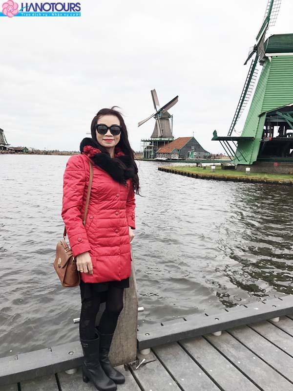 Windmills ở làng Zaanse Schans