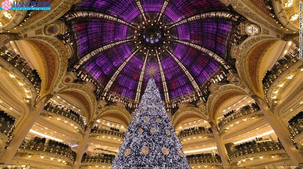Tự do mua sắm ở trung tâm thương mại Lafayette