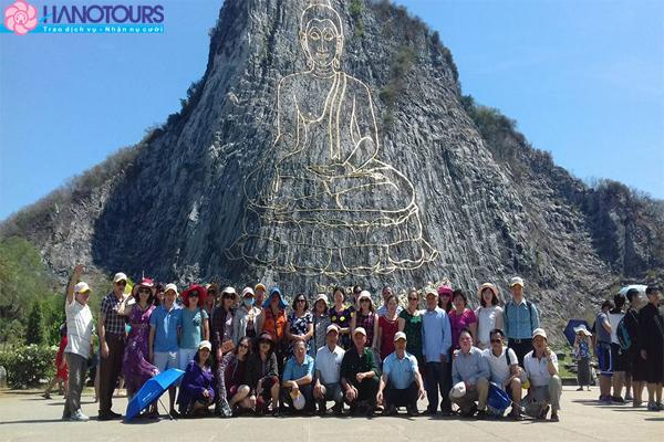 Du lịch Thái Lan núi Phật vàng