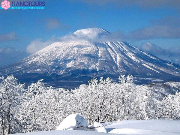 trượt tuyết tại núi Phú Sĩ