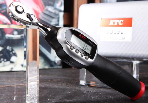 Cờ lê lực điện tử KTC, KTC GEK030-C3A, cờ lê lực 3/8 inch, dải đo 2-30Nm