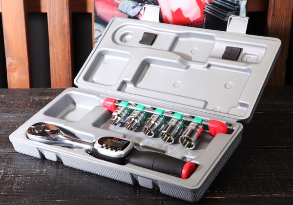 Cần xiết lực điện tử KTC TB406WG1, cờ lê lực với đầu nối khẩu 1/2 inch