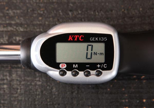 Tay cân lực đầu nối khẩu 1/2 inch, dải đo lực từ 27-135Nm, cần xiết lực điện tử