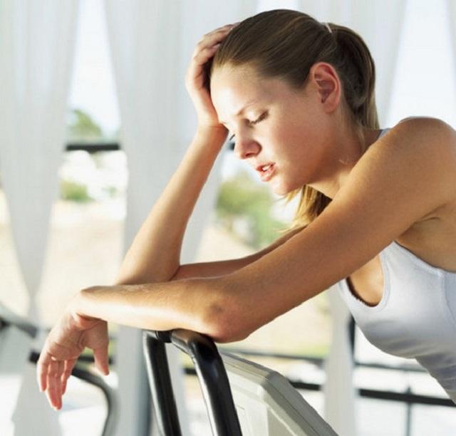 Cách làm giảm tê nhức chân tay hiệu quả
