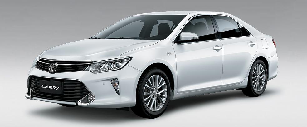 Toyota Camry 2.5 q màu trắng