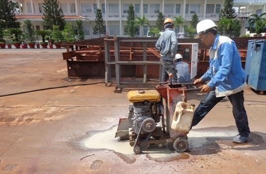 Dịch vụ khoan cắt bê tông giá rẻ 24h có đội ngũ công nhân lành nghề cùng với máy móc hiện đại