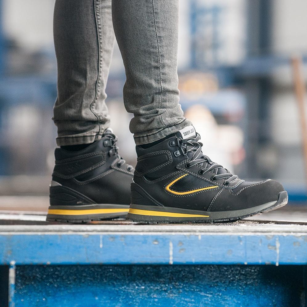 Các phân khúc giày bảo hộ trên thị trường