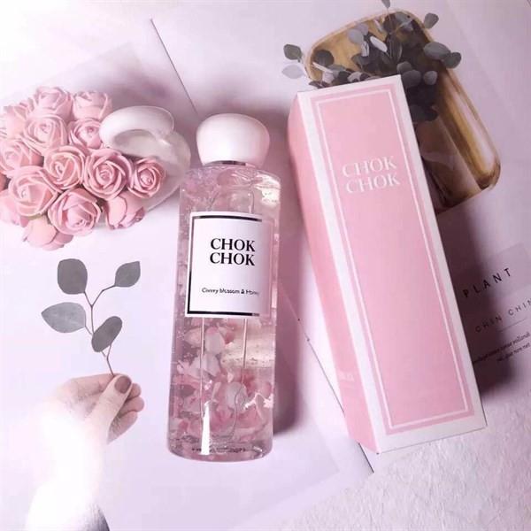 Sữa Tắm Dưỡng Trắng Chok Chok Cherry Blossom & Honey 250gr Kangnam Mart