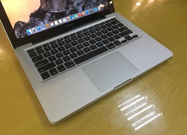 Kết quả hình ảnh cho macbook pro mc700 2011