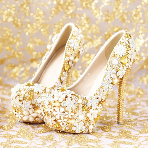 Mẫu giày cưới đẹp mê hồn cho cô dâu mùa xuân 2018