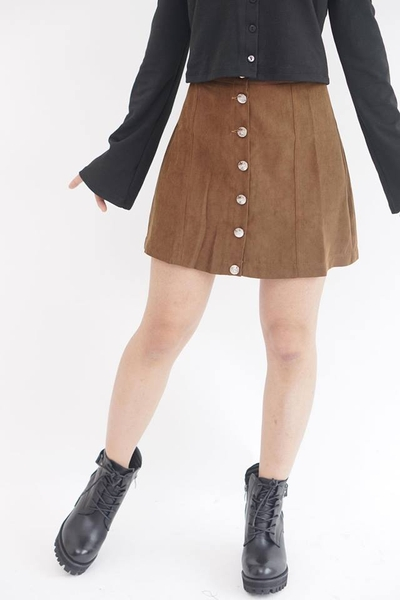 Button skirt