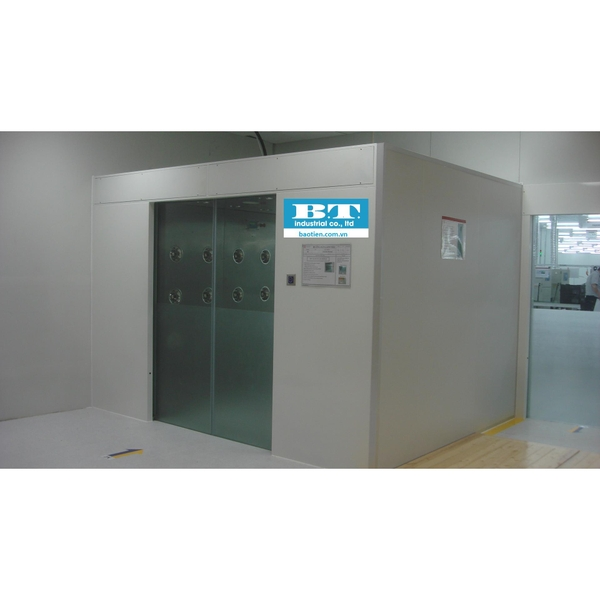 Air shower auto sliding door