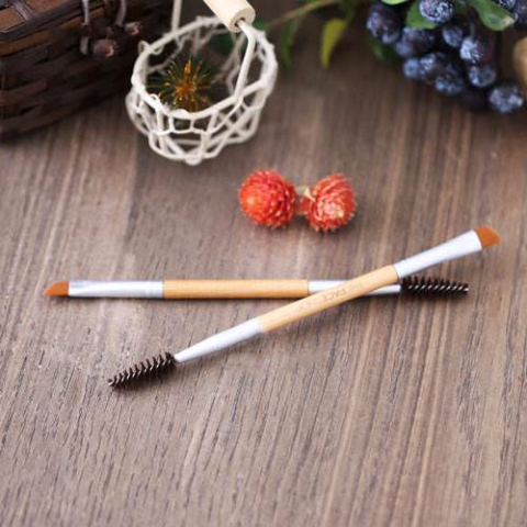 Cọ Chân Mày DAILY BEAUTY TOOLS DUAL EYEBROW BRUSH