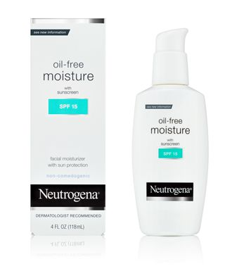 Sữa dưỡng da Oil-Free Moisture with sunscreen SPF 15