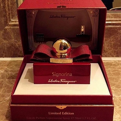 NƯỚC HOA SIGNORINA IN ROSSO LIMITED EDITION 50ML EDP