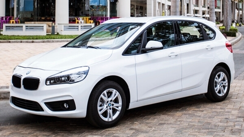 BMW 218i Active Tourer (5 chỗ)
