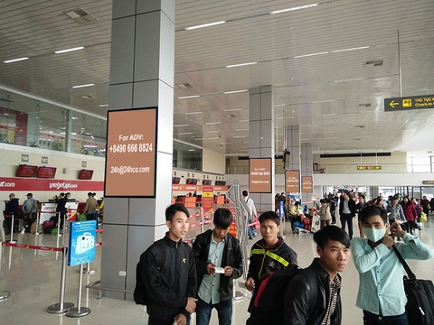 Lightbox Advertising in departure terminal Noi Bai Airport