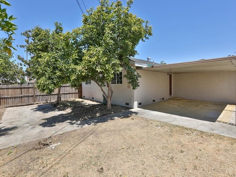2255 Palmira WAY, SAN JOSE, CA 95122