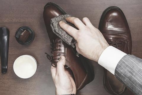 Giày mau hỏng bởi do những thói quen sau