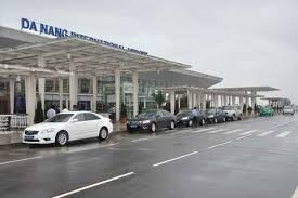 Da Nang Airport Arrival Private Transfer by 4 Seats Car