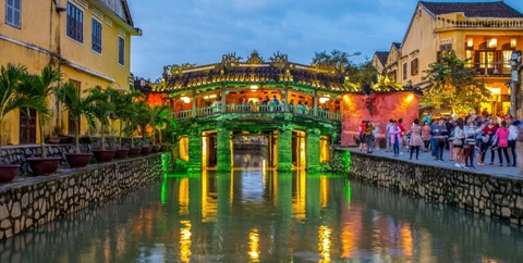 Da Nang City/ Da Nang Airport to Hoi An Private Transfer by 4 Seats car